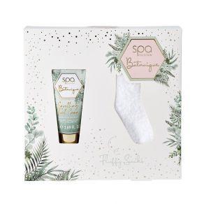 Style & Grace Spa Botanique Fluffy Sock Set Eco Packaging 2021 - 50ml Foot Cream, Pair Fluffy Socks